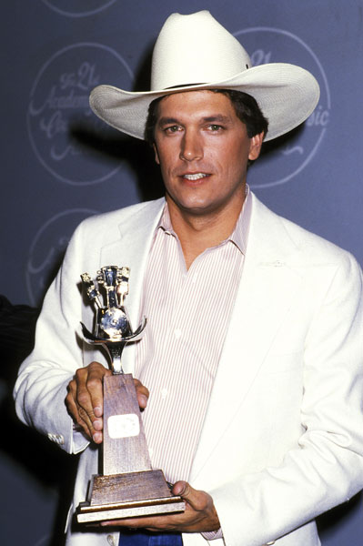 George Strait with his MCM award in 1986