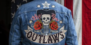 700-new-outlaws_0